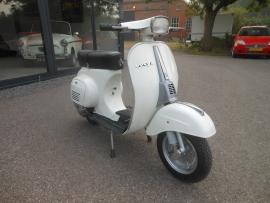 Vespa scooter 50cc bj 81 wit